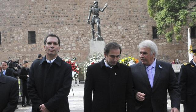 Homenaje. Mestre y De la Sota encabezaron el homenaje a Jerónimo Luis de Cabrera y luego concurrieron al Tedéum (Raimundo Viñuelas/LaVoz).
