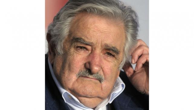 Mujica. Marcha atrás oficial.