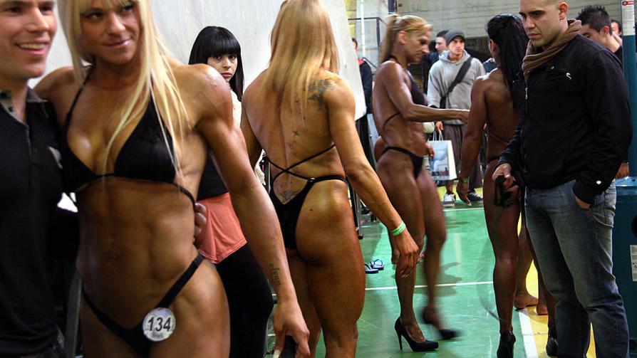 El bronceado ayuda. Así, los músculos se aprecian mejor (Marcela Marbián/LaVoz).