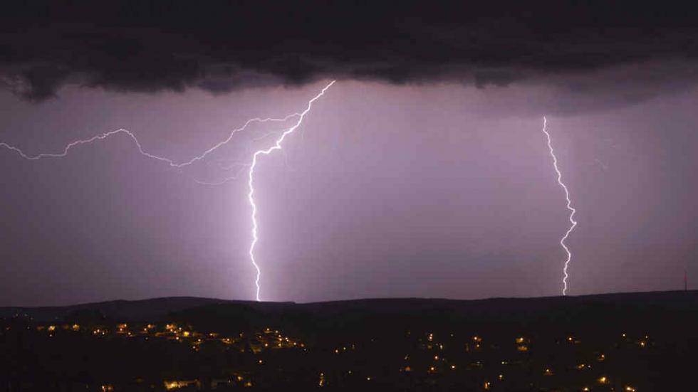http://www.lavoz.com.ar/ambiente/el-pais-se-encamina-hacia-un-clima-mas-extremo